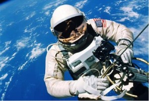 Fifty years ago today, astronaut Ed White floated out of the Gemini IV spacecraft to become the first American to walk in space during the first mission controlled from Houston's Manned Spacecraft Center, which was later renamed in honor of the late U.S. president and Texas native Lyndon B. Johnson. Details: http://go.nasa.gov/1de80Iv ‪